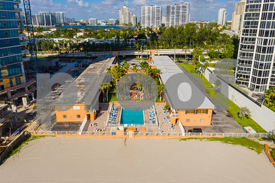 Miami Beach hotel with pool