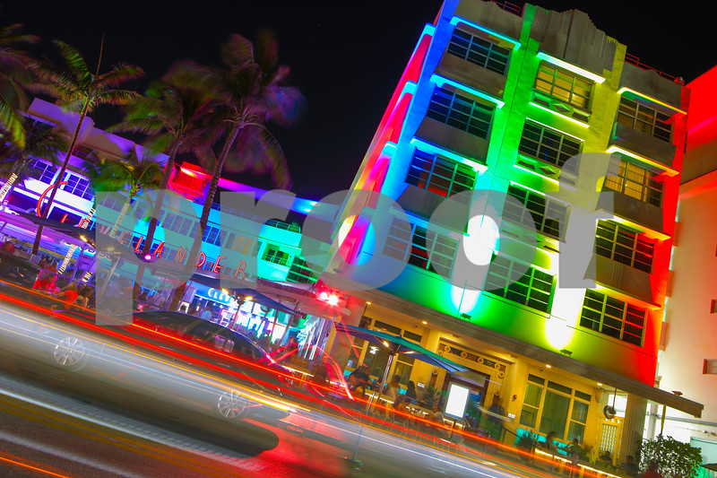 Clevelander Miami Beach at nigth