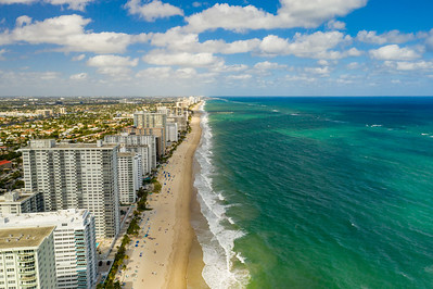 Aerial photo Galt Ocean Mile beachfront condos