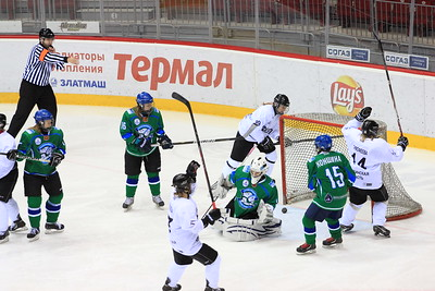 Факел (Челябинск) - Арктик-Университет (Ухта) 4:2. 10 ноября 2013
