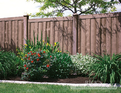 4030 - Sherwood Simulated Wood Panel Fencing