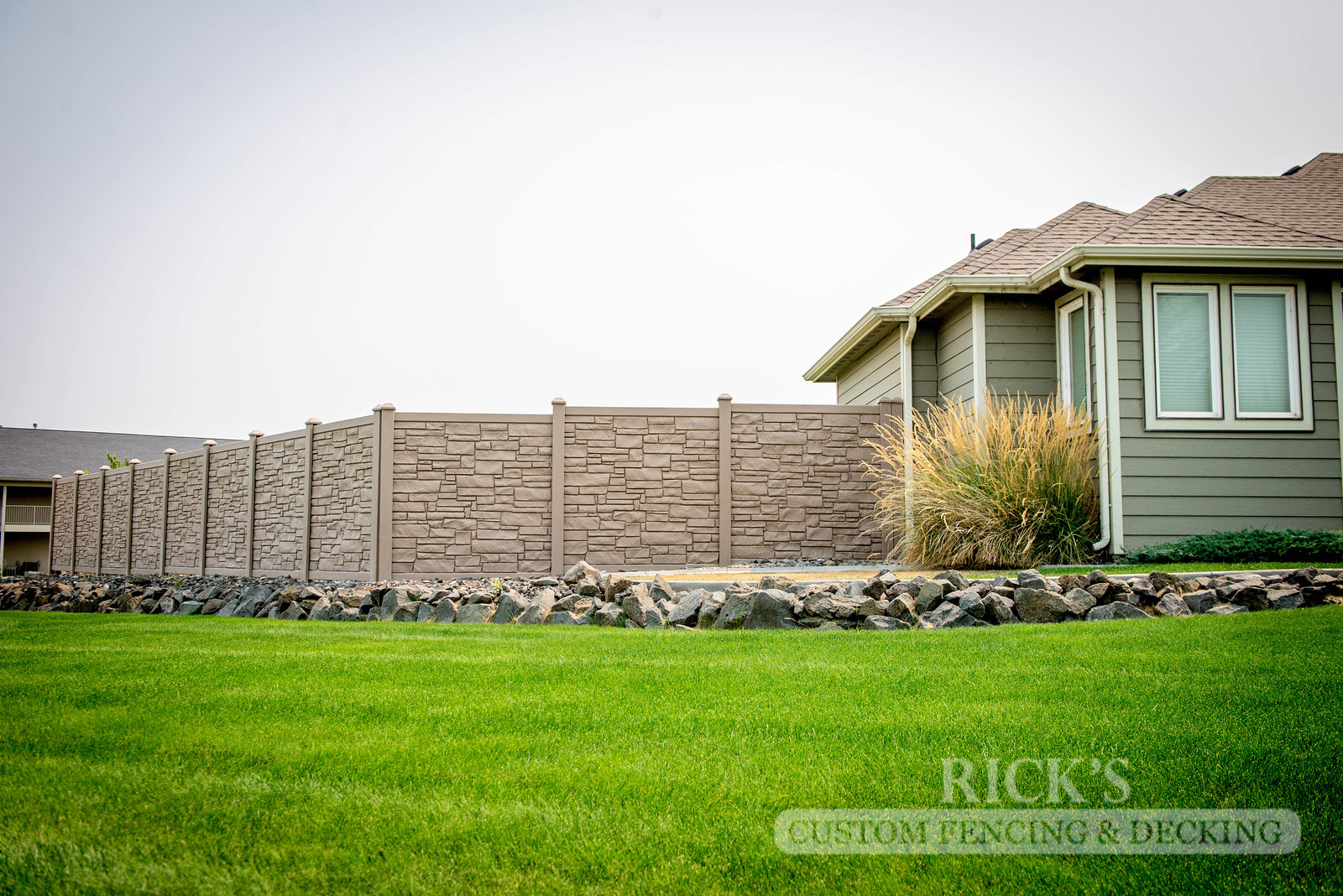 4013 - Allegheny Simulated Rock Fencing