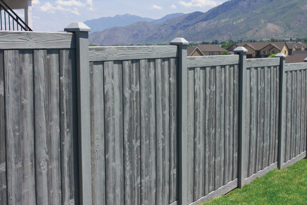 4032 - Sherwood Simulated Wood Panel Fencing
