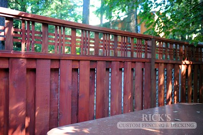 Cedar Lattice-Top Fencing