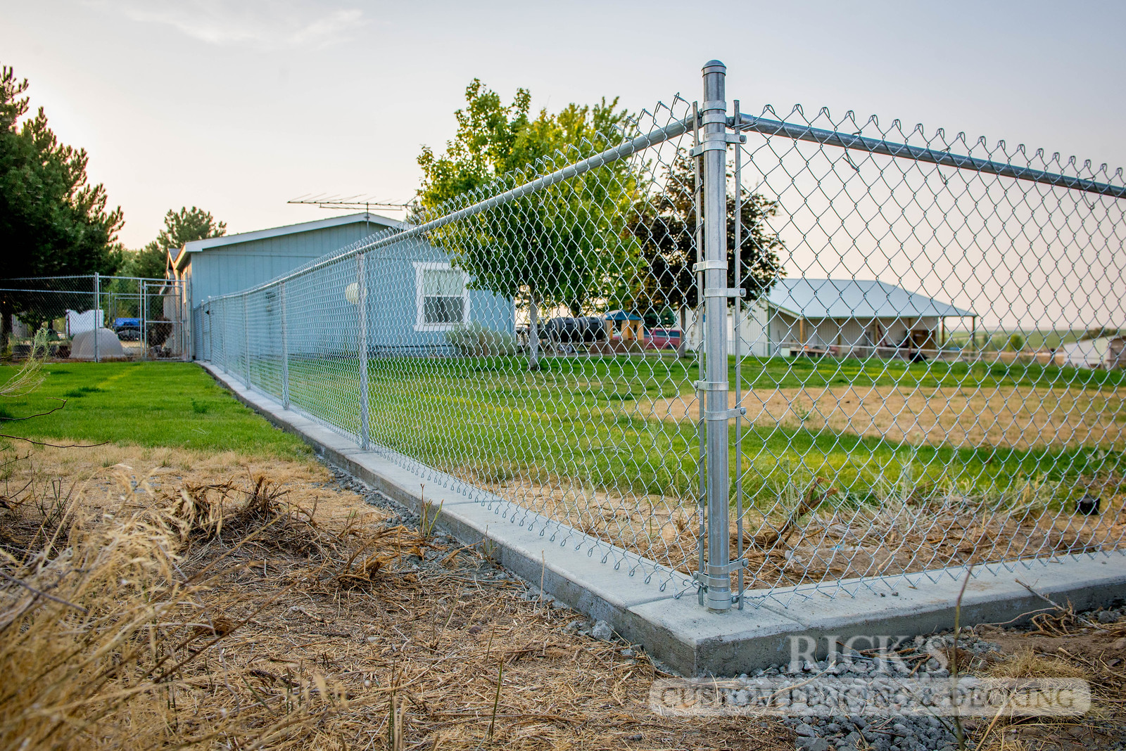 4118 - Galvanized Chain Link Fencing