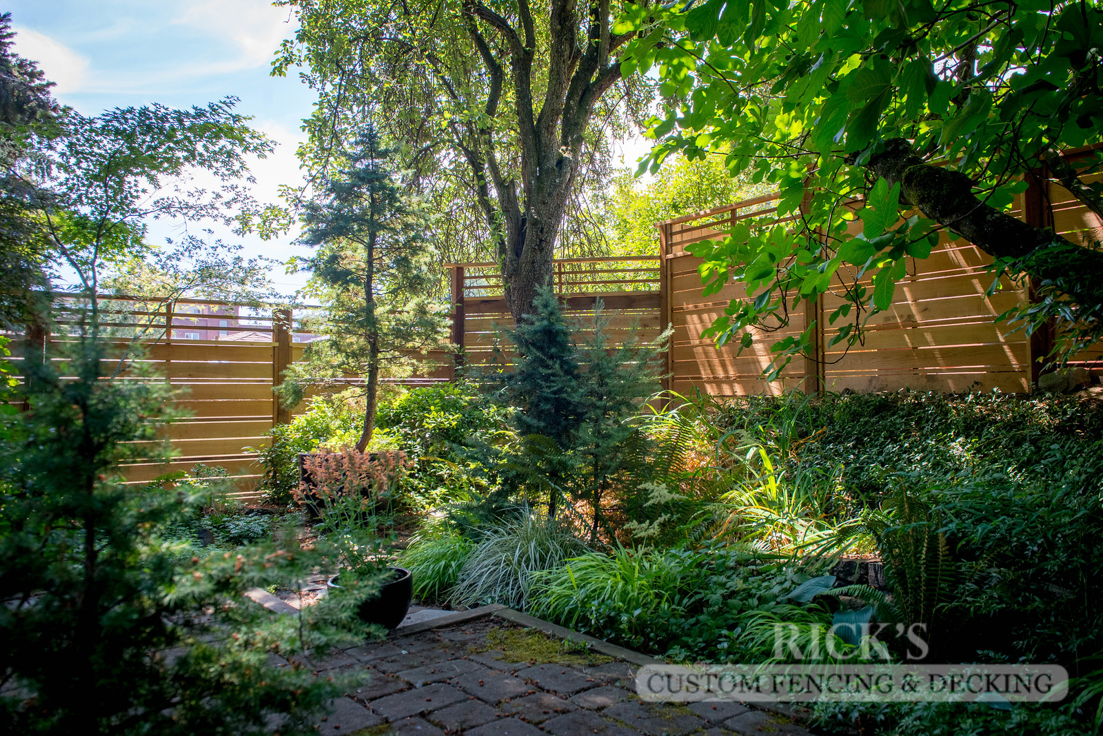 2407 - Custom Cedar Horizontal Fencing