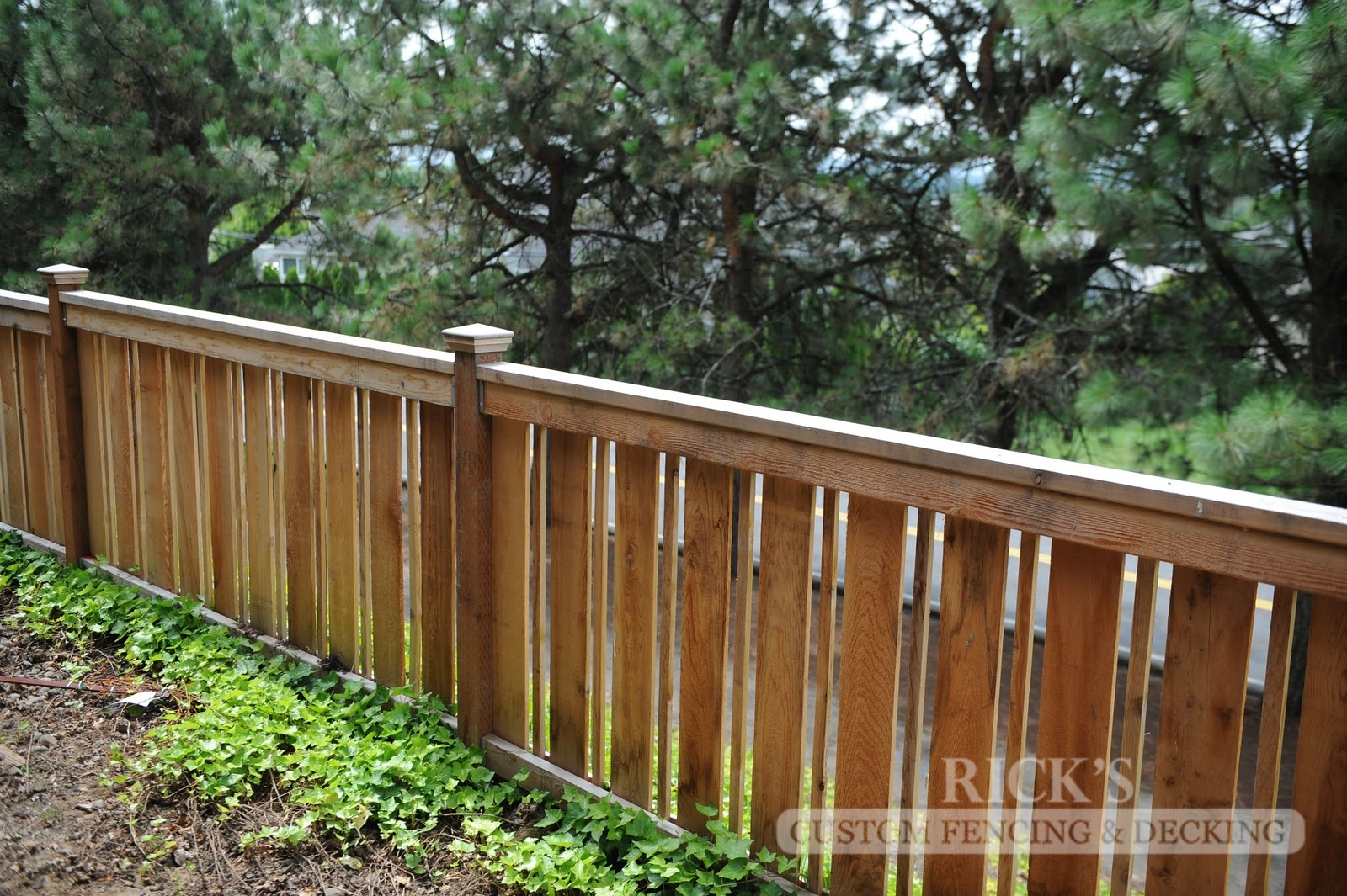 2417 - Custom Cedar Picture Frame Fencing