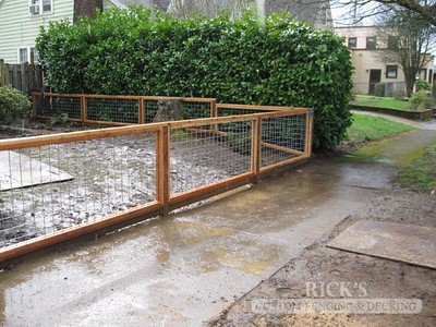 Custom Hog-Wire Cedar Fencing