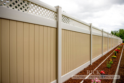 Vinyl Lattice-Top Fencing