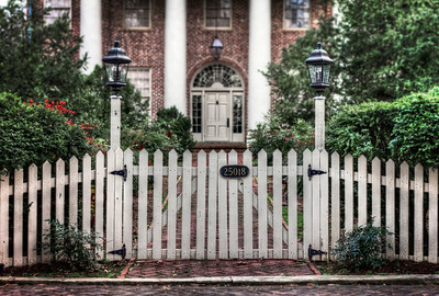 Front Gate_tonemapped