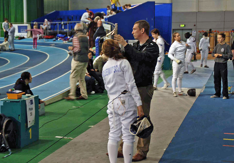 Nina Moiseiwitsch (left) in the direct elimination round of the Junior Women's Epee British National Championships.