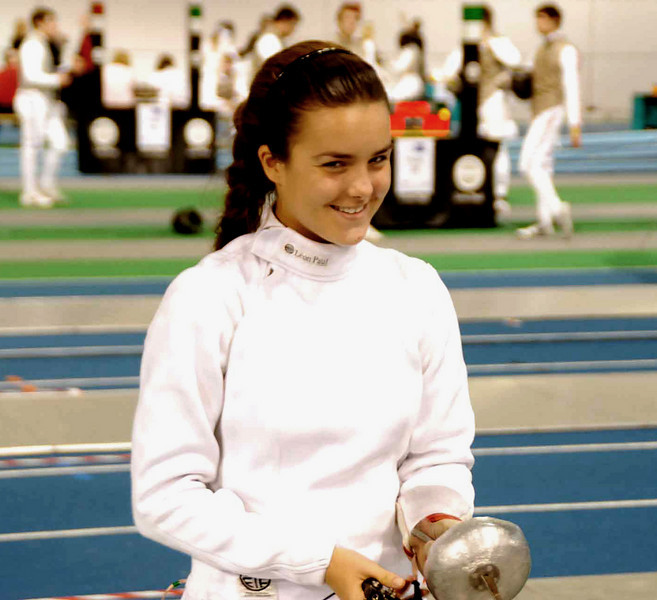 Nina Moiseiwitsch about to start the pool round of the Junior Women's Epee British National Championships.