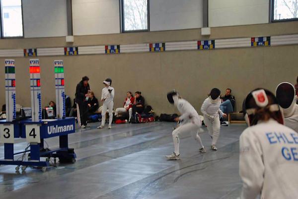 Grace Neveu (left) in the DE round.