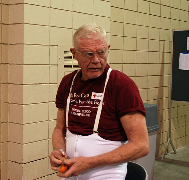 John Hyslop preparing for the Veteran 60+ Men's Epee.