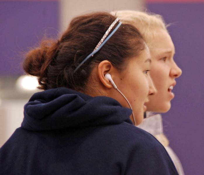 Annie Stephenson and Dina Bazarbayeva.
