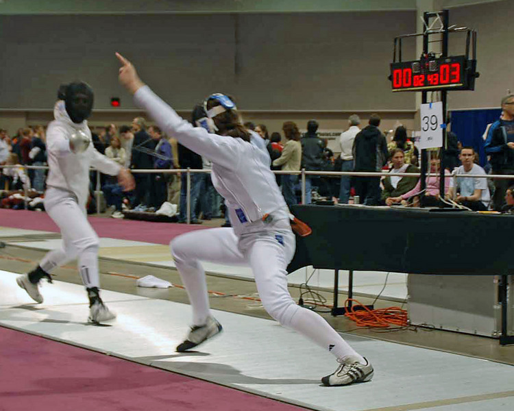 Katharine Holmes (right) in the Junior Women's Epee.