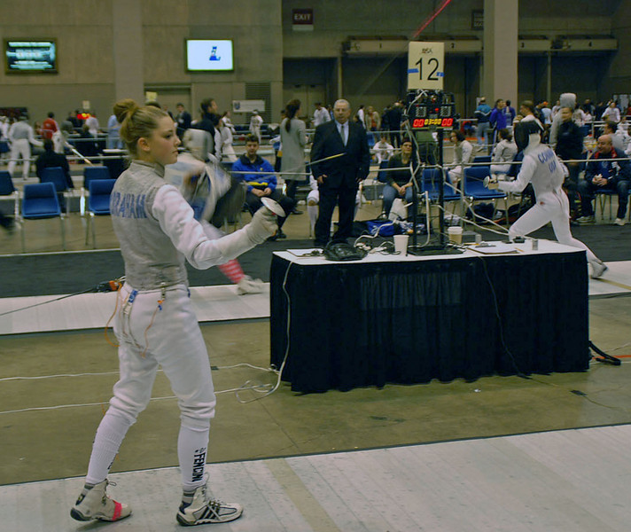 Lena Abraham in the Junior Women's Foil.