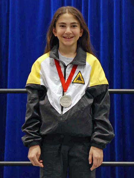 Elizabeth Wiggins, silver medal in the Y10 Women's Epee.