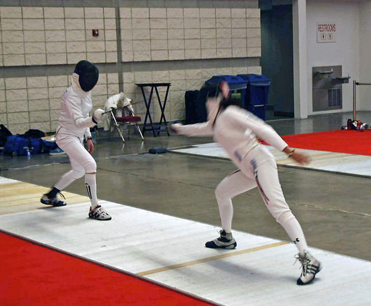 Olimar Maisonet (right) in the Division I Women's Epee.