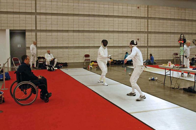Mark Henry (right) fences a DE bout vs Wayne Bowman.  Mark lost 10-9.