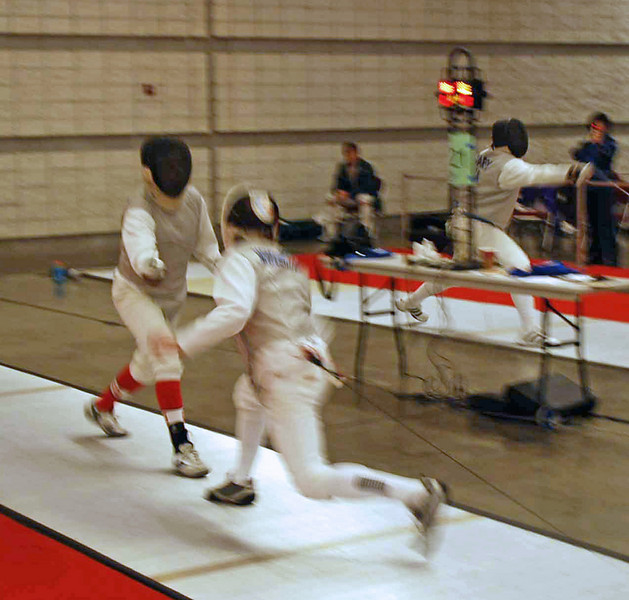 Julian Moiseiwitsch (right) in the DE of the Veteran Combined Men's Foil.