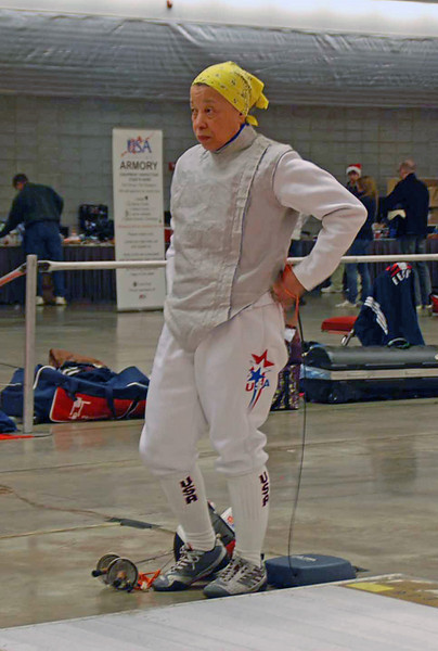 Bettie Graham prepares in the Veteran-60 Women's Foil.