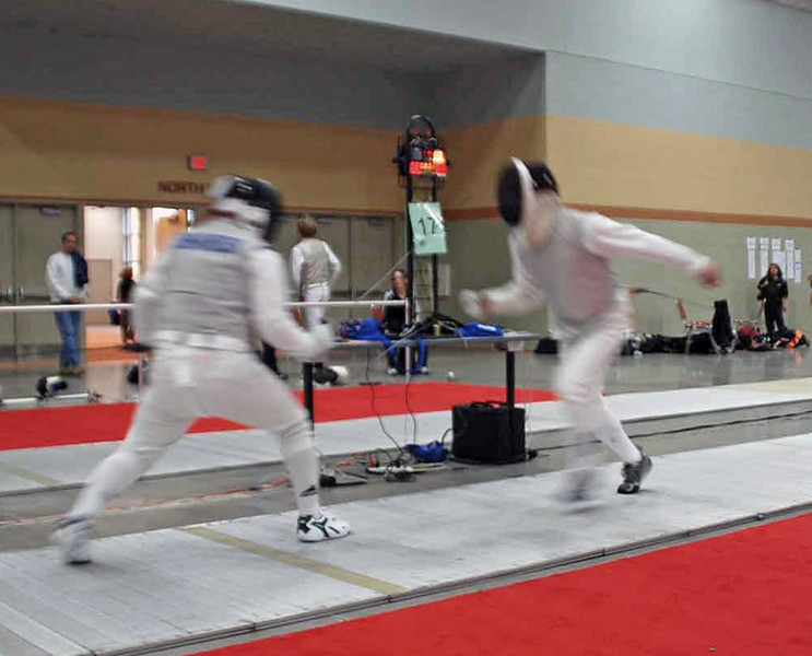 Julian Moiseiwitsch (right) in the Division III Men's Foil.