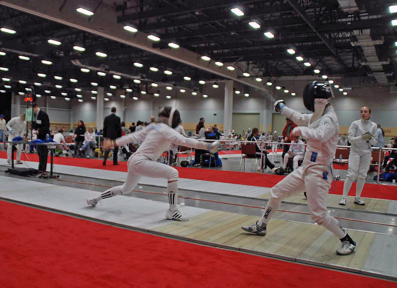 Ella Barnes (left) in the Division III Women's Epee.