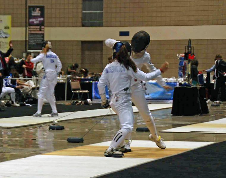 Nina Moiseiwitsch infights in Junior Women's Epee.