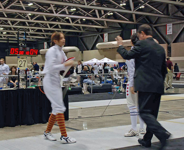 Carolyn Townsend wins one of her bouts in Junior Women's Epee.