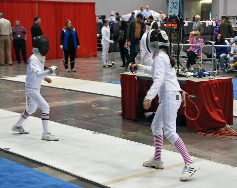 Elizabeth Wiggins (right) in the Y12 Women's Epee.