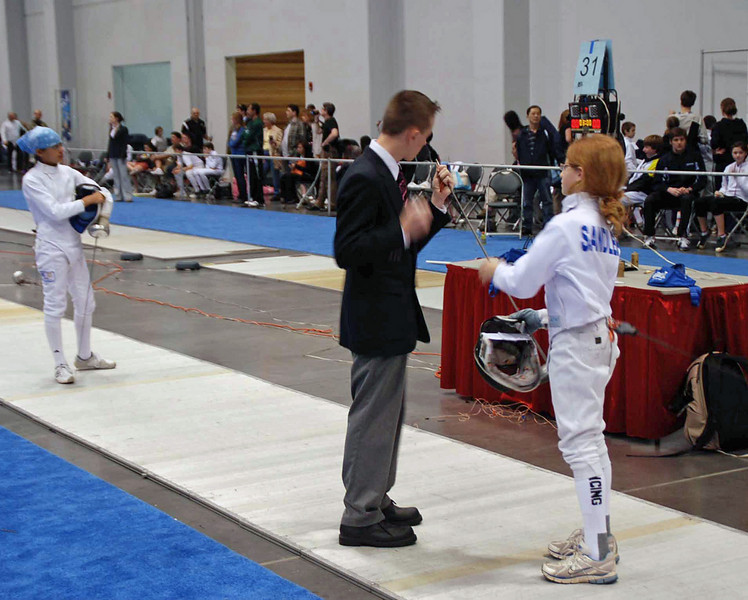 Alexis Sandler (right) in the Y12 Women's Epee.