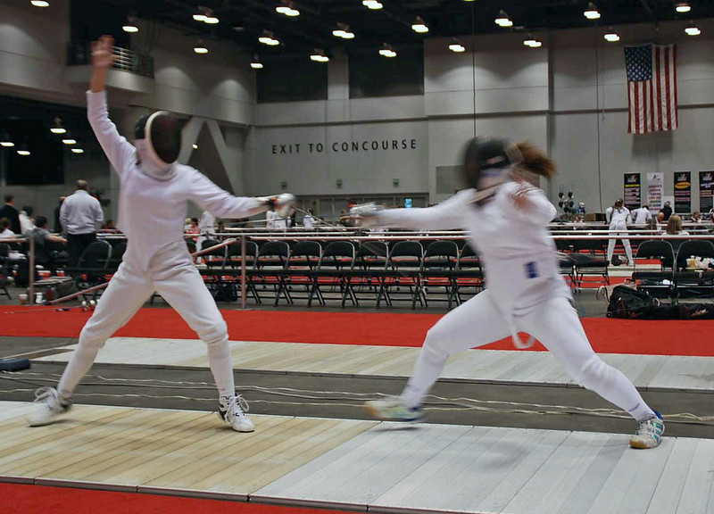 Carolyn Townsend (left) in the Division II Women's Epee.