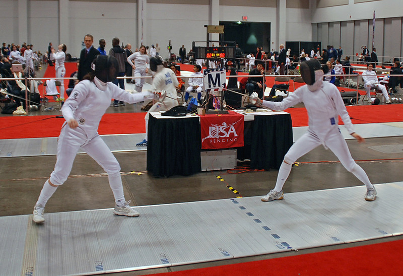 Julia Smith (left) in Division I Women's Epee.