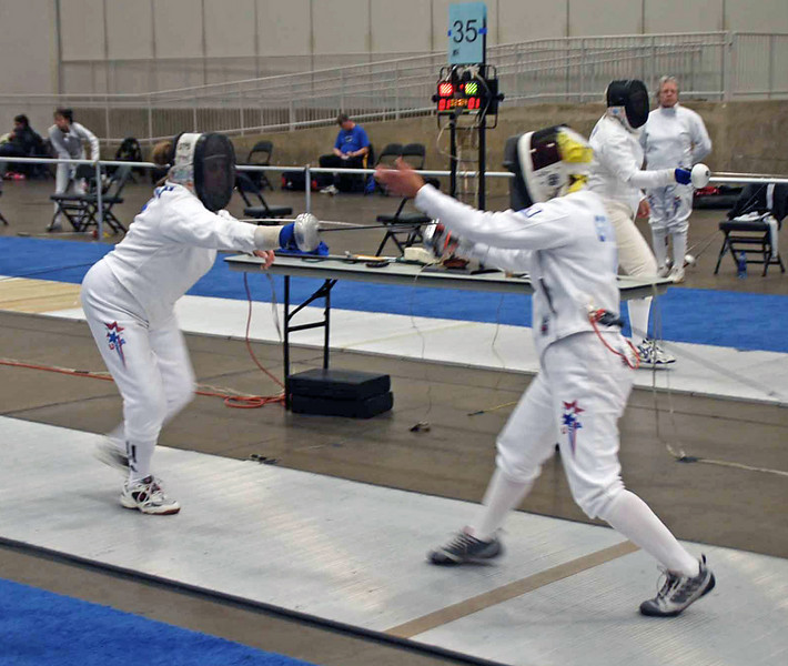 Bettie Graham (right) in the Veteran-60 Women's Epee.
