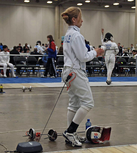 Olivia Morreale prepares for her DE bout in the Division II Women's Epee.