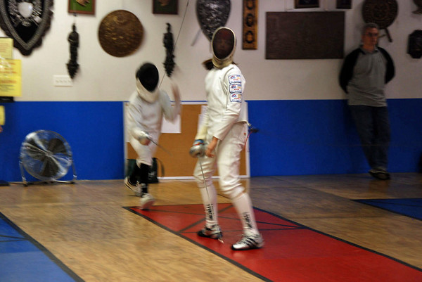 Katharine Holmes (right) in Y14 Mixed Epee.