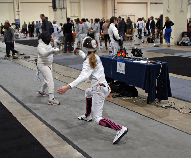 Linden Hill (right) in the Youth-12 Women's Epee.