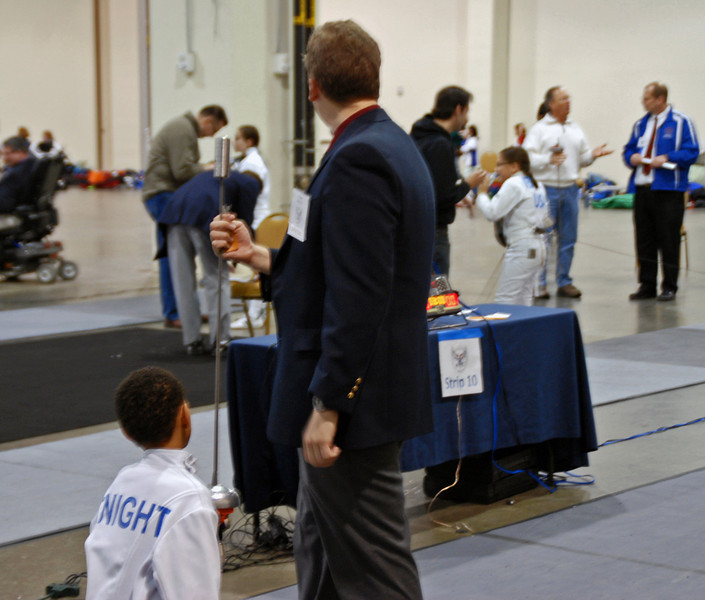 Bryce Knight prepares for the direct elimination bout in the Youth-10 Men's Epee.
