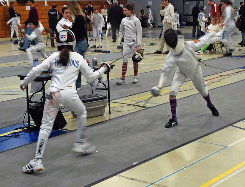 Elizabeth Wiggins in the Y12 Women's Epee.
