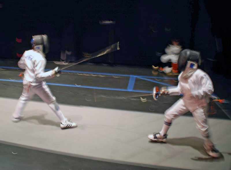Carter Tate (right) in the Y12 Men's Epee.