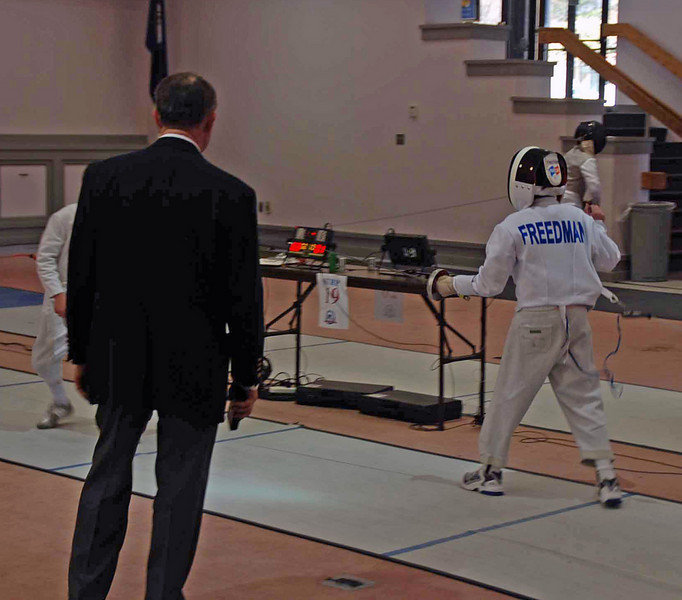 Levi Freedman in the Y10 Men's Epee.