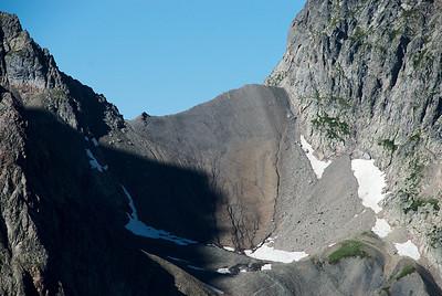 Skarðið heitir Col de la Muzelle og er í 2613 m.