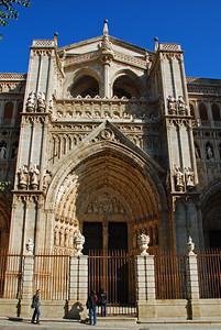 Inngangurinn að dómkirkjunni í Toledo