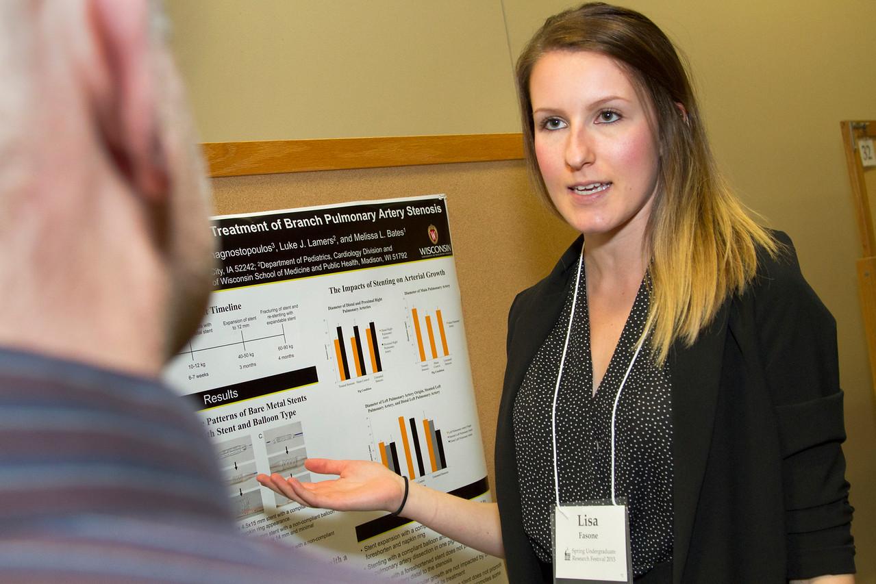 Ferentz Undergrad Research Fellowship Winners_stu_Lisa Fasone_2015_4830