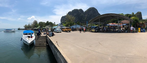 Speedboat docked at Trang Had Yao Pier