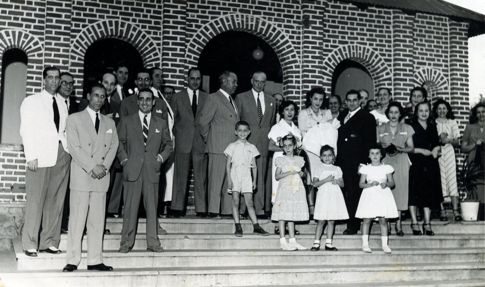 Casal Santos David, Joao Alho, ....  ( Baptizado do Mario Santos David?)