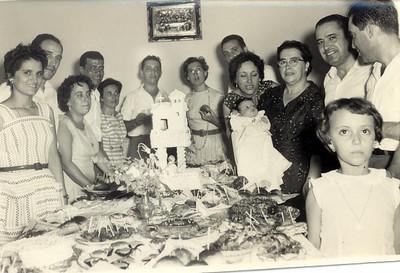 Baptizado da Carlinha Medeiros Casal Joel, Casal Medeiros, Casal Amaral, Casal Adalberto Isabel Medeiros em primeiro plano