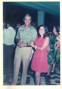 """Dundo 14 de Março, 1974 -  """"Por do Sol"""" na K18 oferecido pelo casal Jorge Viegas (D-G) em honra do Eng Kruss Abecassis, Presidente do Conselho de Administração (Admin. Delegado) Director Jorge Viegas e Luisa Aragao e Brito"""