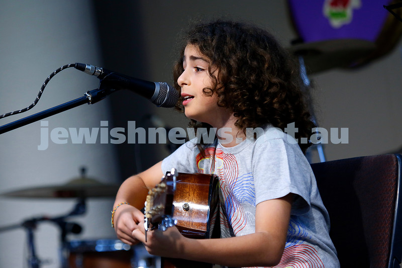 9-12-18. Festibayit. Annual Israeli chanukah festival at Beth Werizmann. Photo: Peter Haskin